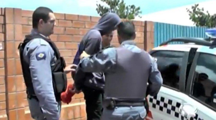 Menor-apreendido-pela-polícia-militar-portando-munições